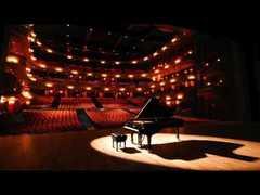 fiorella-piano.jpg